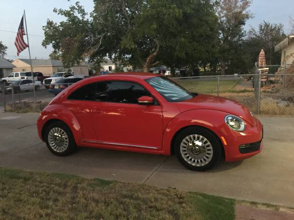 Beautiful 2013 VW Beetle