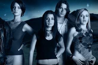 Séries | Reboot de Roswell contrata Julie Plec, a produtora de The Vampire Diaries