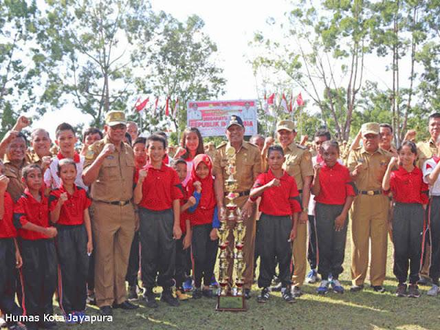 Benhur Tomi Mano Apresiasi Kemenangan Kontingen O2SN Kota Jayapura