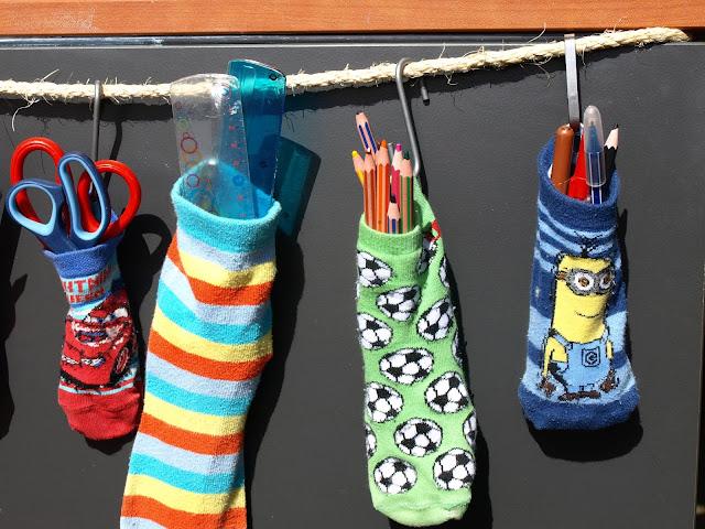 Diy-με-τρύπιες-κάλτσες!