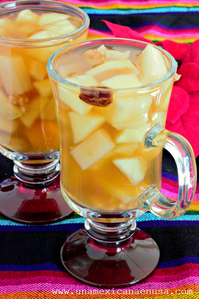 Ponche Mexicano de Frutas, el favorito de las posadas. Receta by www.unamexicanaenusa.com