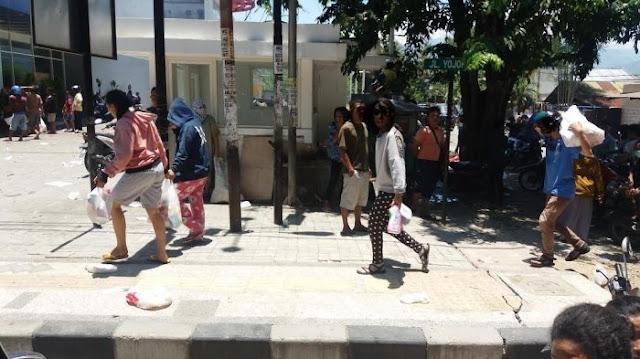 Setkab Sebut Jokowi Tak Melihat Aksi Penjarahan, Politisi Demokrat: Jangan Disangkal Nanti Blunder