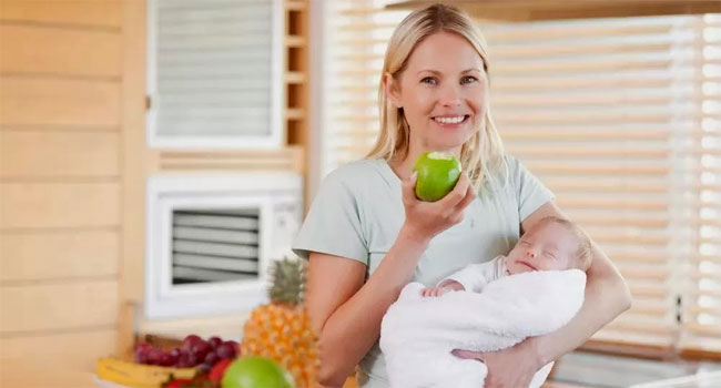 8 Makanan Terbaik Untuk Ibu Yang Baru Melahirkan