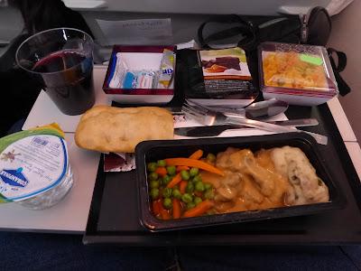 Comida vuelo Qatar Airways, La vuelta al mundo de Asun y Ricardo, vuelta al mundo, round the world, mundoporlibre.com