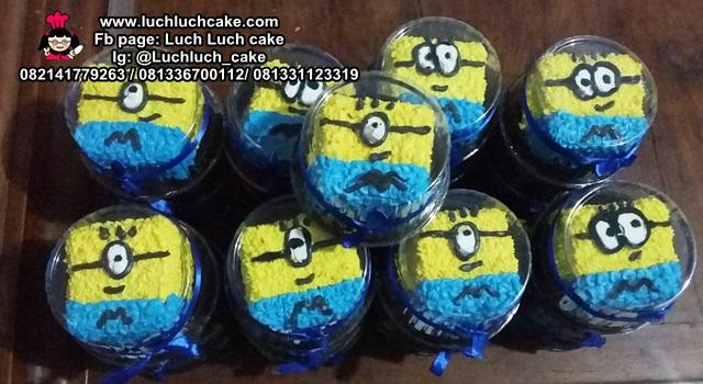 Mini Cake Ulang Tahun Minion