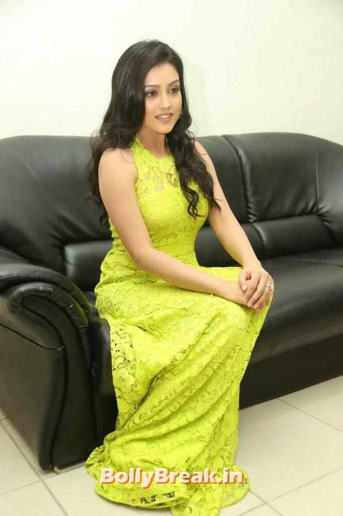 Actress Mishti Chakraborty Unseen Stills, Mishti Chakraborty hot Hd Images in Green Dress