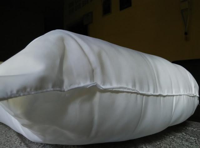 bantal hotel penang, barang kelengkapan hotel penang, bantal untuk homestay penang, bantal hotel murah dan berkualiti,