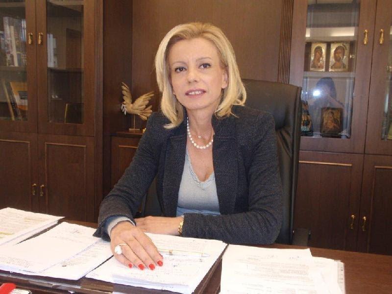 Η Ρένα Καραλαριώτου επανέρχεται με νέα της ανακοίνωση κατά του Δημάρχου Λαρισαίων