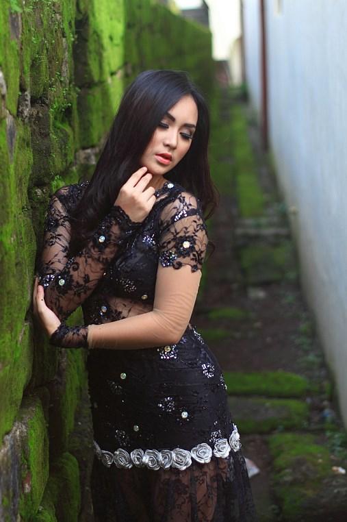 galeri Fotografi Foto model Igo Cantik Devi dari Makassar