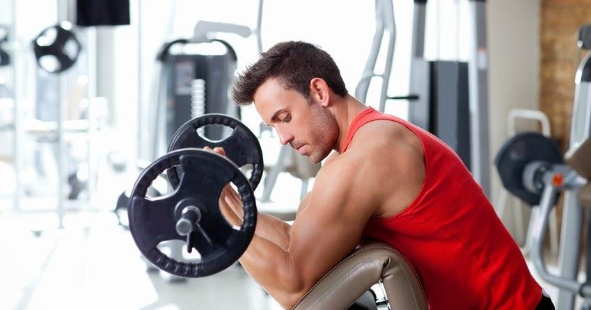 Agentur-vermietet-Sportler-die-f-r-faule-Klienten-joggen-oder-ins-Fitnessstudio-gehen