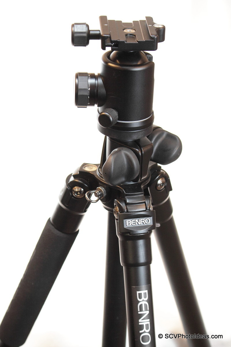 Benro B-2 Ball head on Benro A-298EX (A2890F) tripod