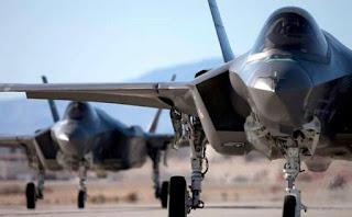 F-35 VS S-400: Σύγκρουση υπερόπλων! [vid, pics]