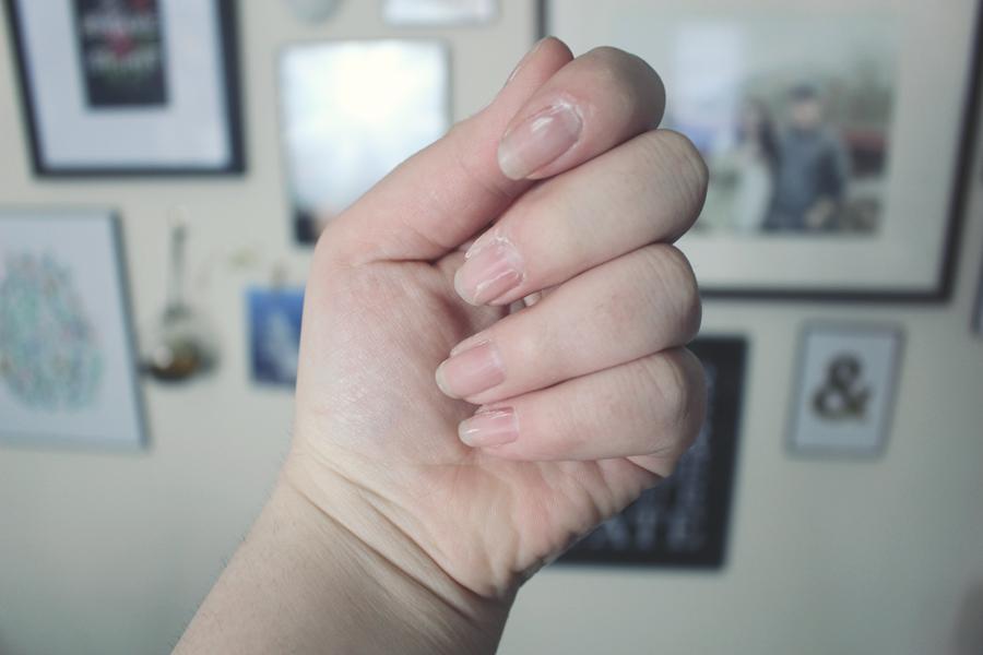 Emjoi Micro-Nail, a post on katielikeme.com nails, beauty, sponsored