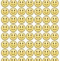 وجه مبتسم مكرر