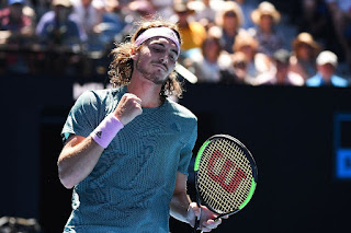 Tsitsipas into Australian Open semi-final
