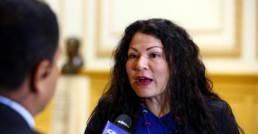 Tras fuertes críticas, Congresista Fujimorista Yesenia Ponce retiró proyecto que proponía «Día del Fútbol Peruano»