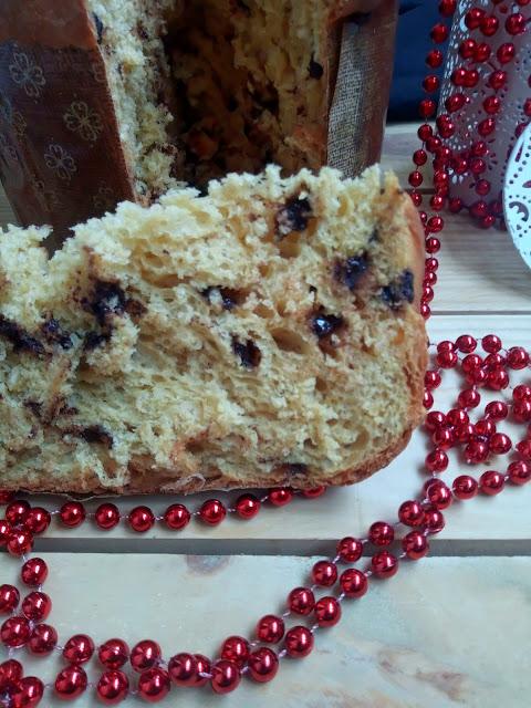 Panettone de calabaza con chocolate y naranja confitada. Receta navideña. Desayuno, merienda, postre. Muy esponjoso. Sin masa madre. Sin prefermento. Cuca