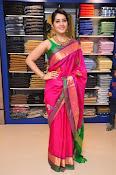 Raashi Khanna new glamorous photos-thumbnail-2