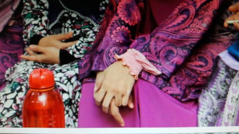 Handsock Pretty Zahra yang selesa