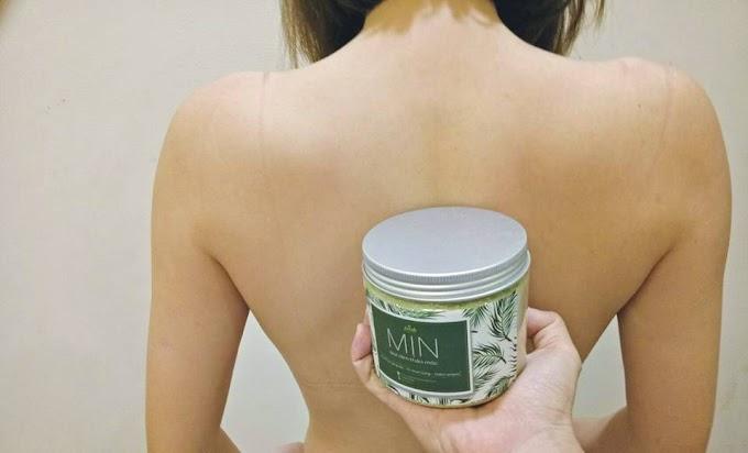 Review bột tắm thảo mộc MỊN – MỊN đúng như cái tên, giảm mụn lưng