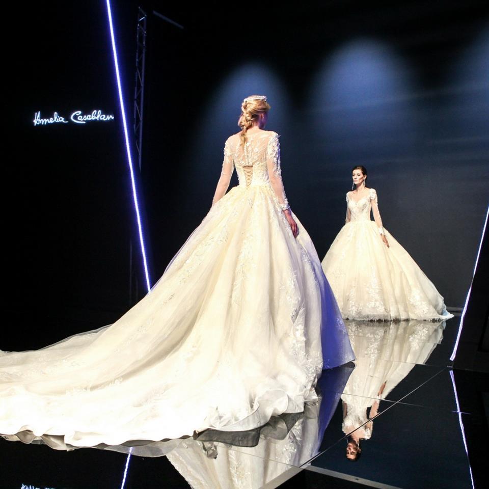 Abiti da sposa  5 trend dalle sfilate di Milano a Sì Sposaitalia ... 71f2e1d324ad