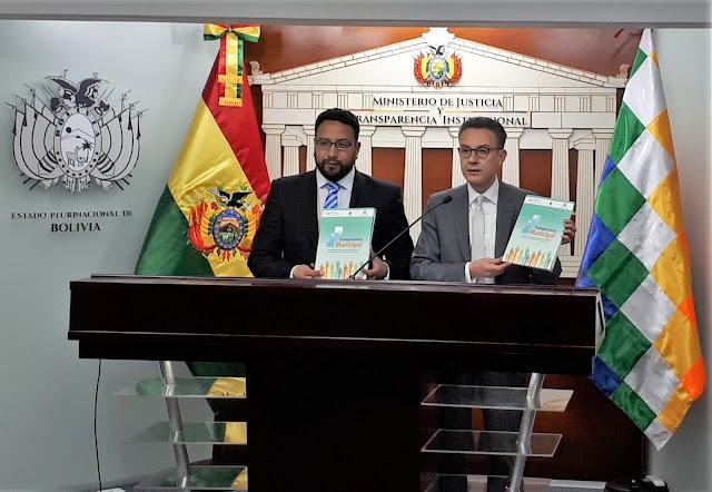 Viceministro de Transparencia, Diego Jiménez, y el Representante de UNODC, Antonino De Leo
