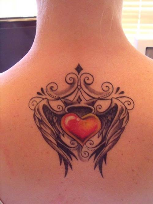 kanatlı taçlı kalp dövmesi heart tattoo with crown and wings
