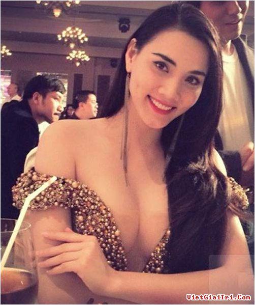 Những bộ ngực đẹp nhất của Mỹ nhân Việt 4