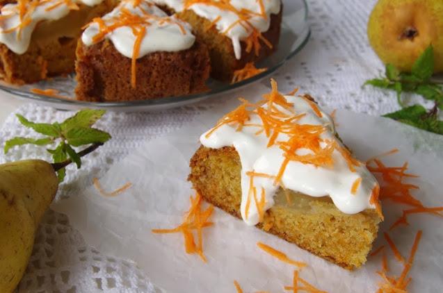 Ciasto marchewkowe z gruszką