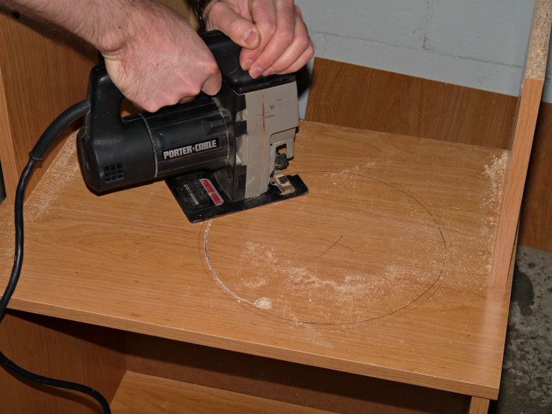 How to cut a circle in wood