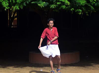മുണ്ട് മടക്കി കുത്തി ഒരുങ്ങുന്ന Adil fayas