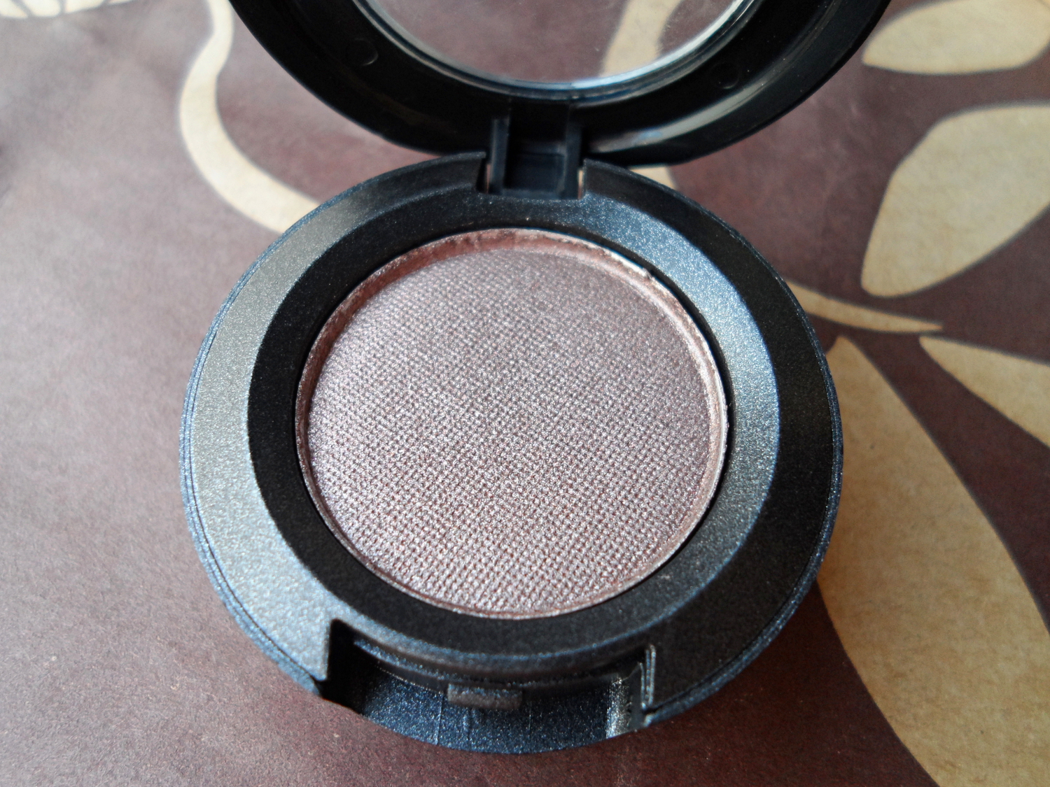 maccosmetics eyeshadows review