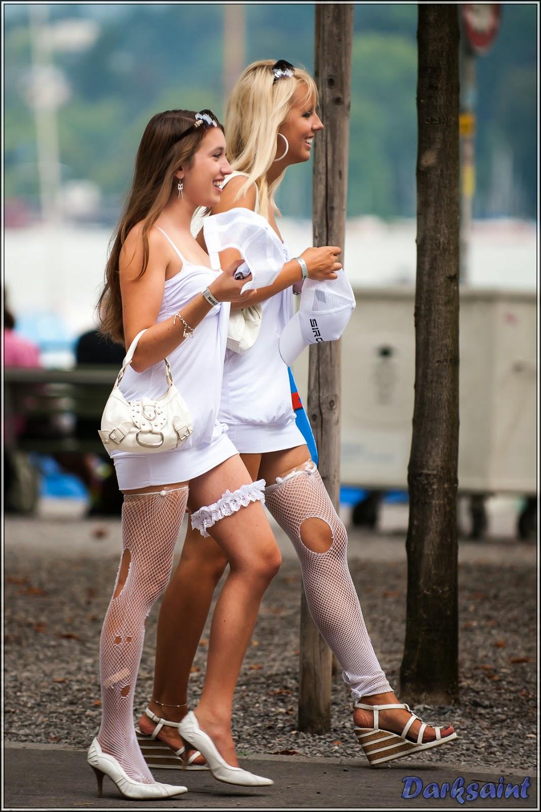 En la calle minifalda ajustada negra de una rica nalgona - 2 9