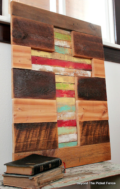 rustic, cross, barnwood, reclaimed wood, salvaged, lathe, http://bec4-beyondthepicketfence.blogspot.com/2016/02/barnwood-lathe-cross-sign.html