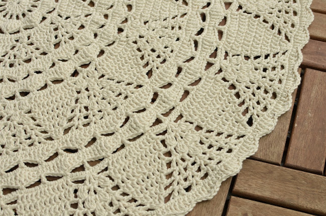 White lace rug by LillaBjornCrochet