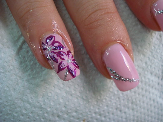 Pink Nail Art Design : Everything About Fashion Today!