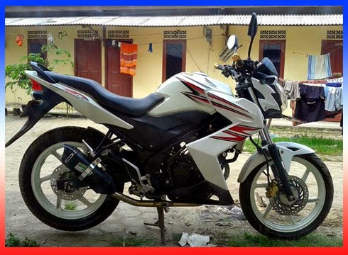 Modifikasi CB150R Knalpot Racing