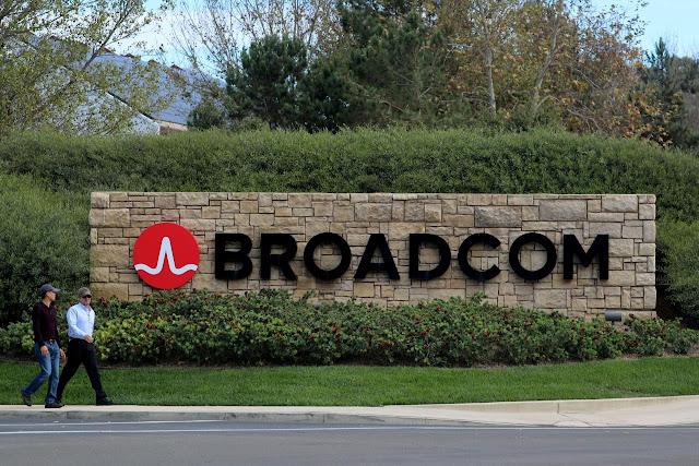 Broadcom anunciou hoje que aumentou significativamente sua oferta de adquirir a Qualcomm, aumentando o montante para 121 bilhões de dólares.