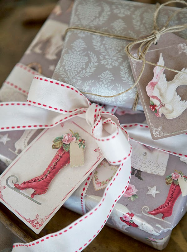 Tilda Sweet Christmas Gift Wrap Packaging