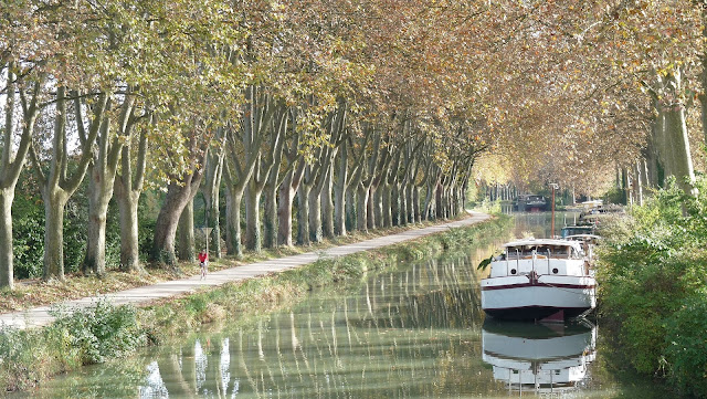 canal boat france beautiful river