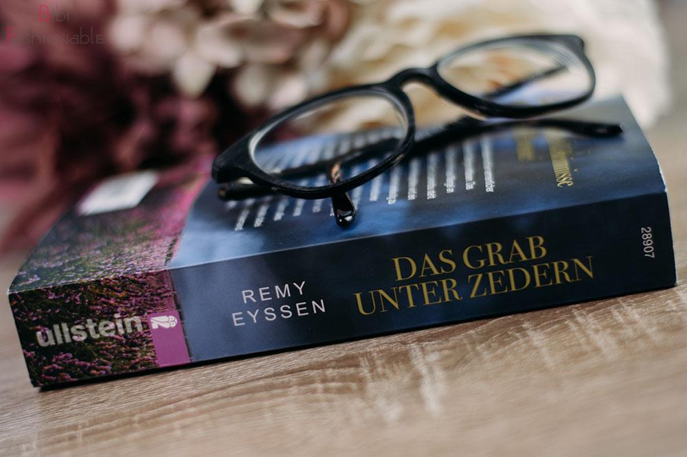 Remy Eyssen Das Grab unter Zedern Buchrücken