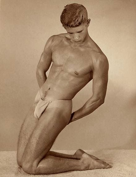 Vintage Gay Models In Bondage