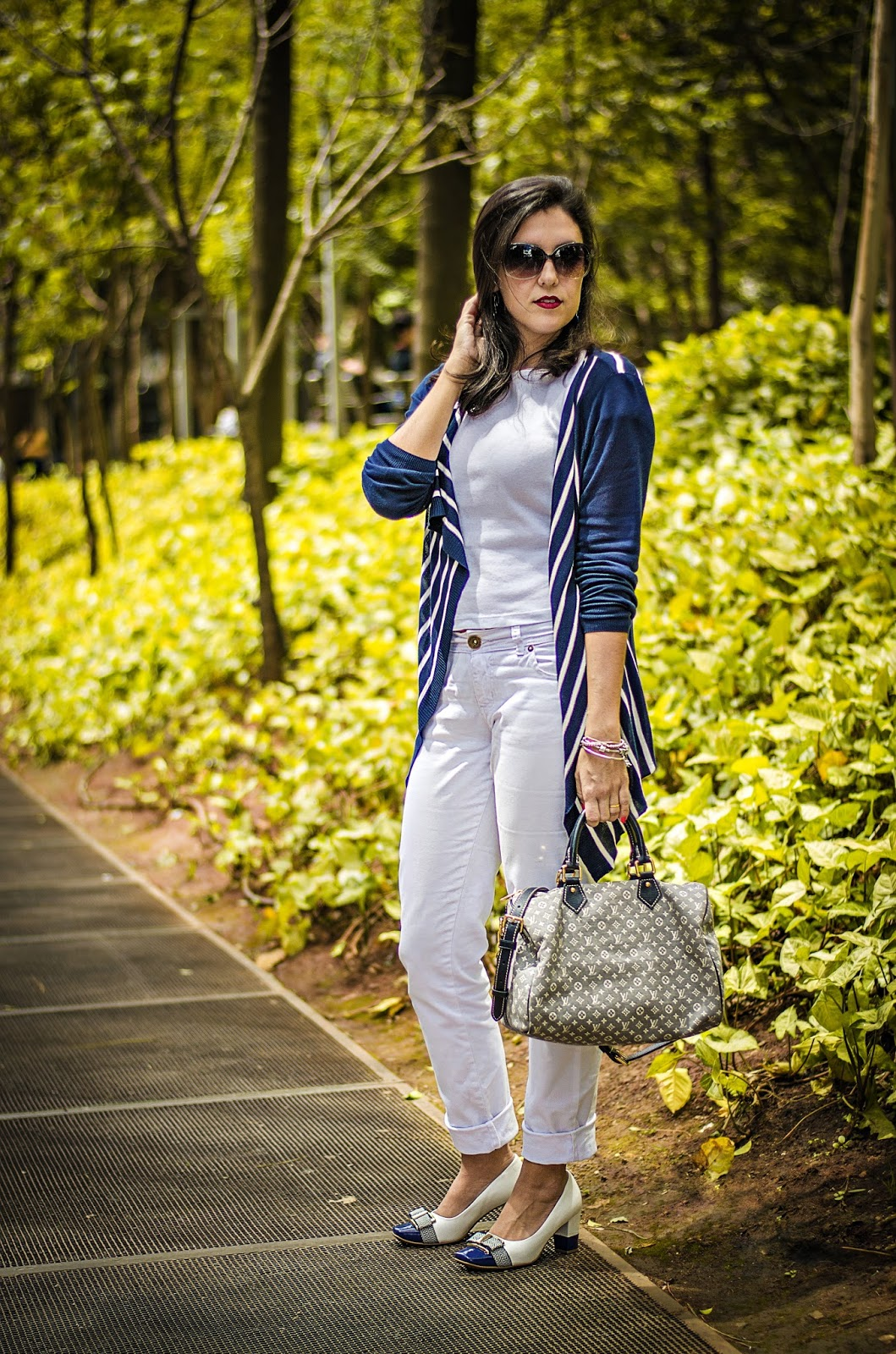 e5f488ba6f Look  Hering - Bolsa  Louis Vuitton - Foto  André Cruz