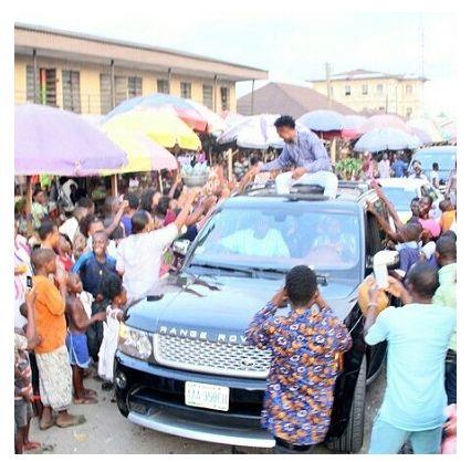 #BBNaija: Efe Gets Superstar Reception In Sapele (Photos)