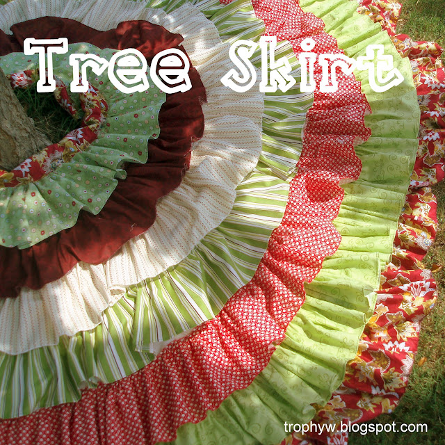 Tales of a Trophy Wife: The Christmas Tree Skirt a Mere 9 ...