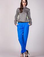 Pantaloni conici albastri (Moja)