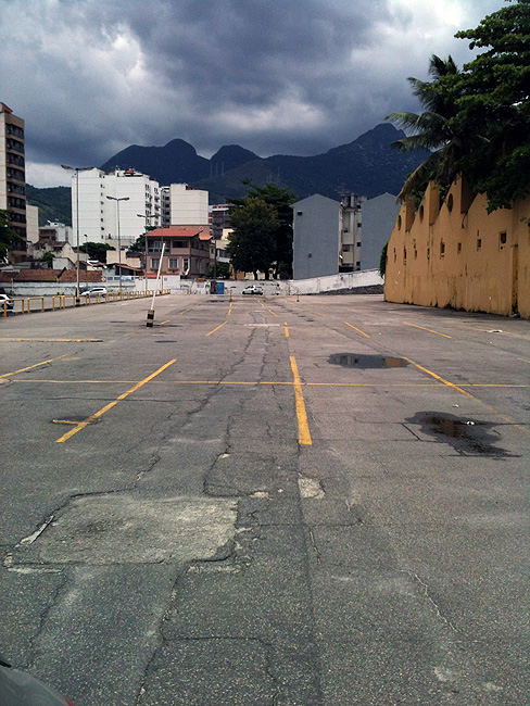 Parking Lot: Extra de Vila Isabel