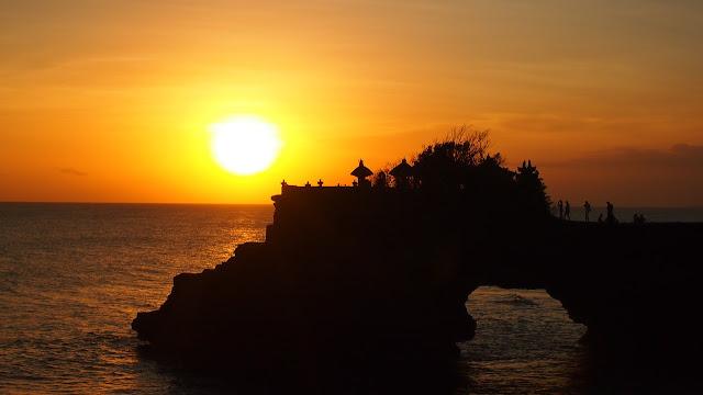 Bali sunset over ocean
