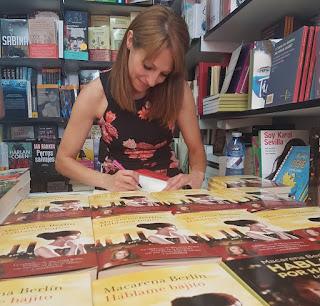 Háblame bajito, literatura light, periodistas famosos que escriben