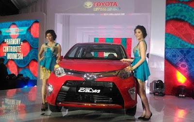 gambar mobil toyota Calya 3